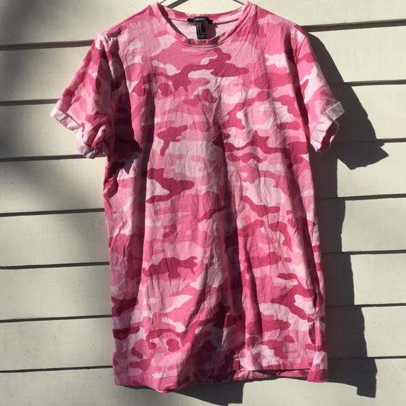 3c5acbf9fb70 Forever 21 Dresses & Skirts - Forever 21 pink camo T-shirt dress